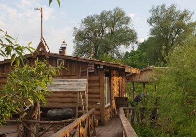 Родзинка комплексу будинок на воді + Баня